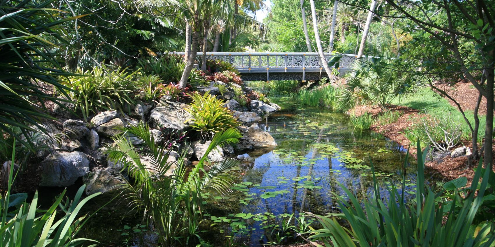 Mounts Botanical Garden Is Palm Beach County S Oldest And Largest Its 14 Acres Of Gardens Contain More Than 2 000 Species Tropical