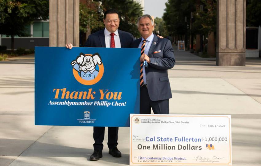 Elected Officials Thanked for Support of Fullerton Arboretum, Pedestrian Bridge