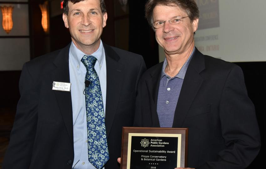 Award recipient at the 2016 Annual Conference